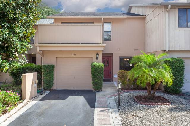 1915 Cashew Courtway, Titusville, FL 32780 (MLS #888470) :: Premium Properties Real Estate Services