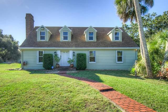 4275 Hillview Circle, Merritt Island, FL 32952 (MLS #889133) :: Premium Properties Real Estate Services