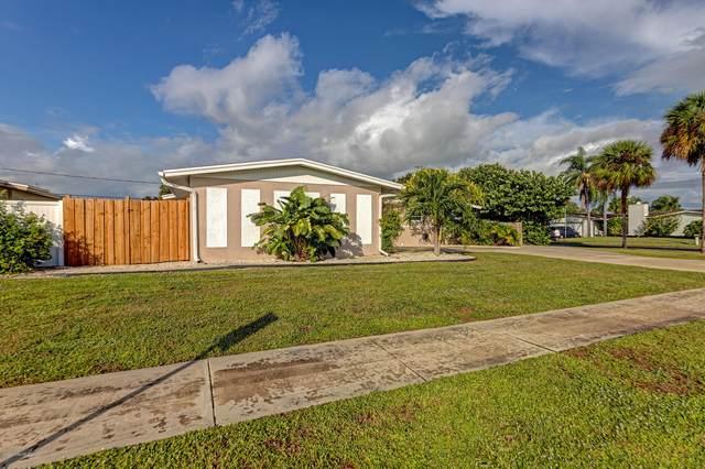 1645 Pluto Street, Merritt Island, FL 32953 (MLS #889974) :: Premium Properties Real Estate Services