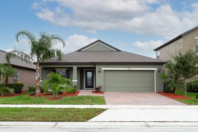 3885 Harvest Circle, Rockledge, FL 32955 (MLS #890274) :: Coldwell Banker Realty