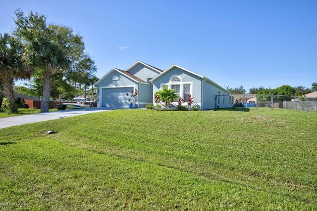 1166 Falcon Avenue NW, Palm Bay, FL 32907 (MLS #890347) :: Coldwell Banker Realty