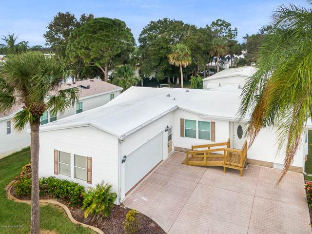 318 Meridian Run Drive #304, Cocoa, FL 32926 (MLS #890569) :: Coldwell Banker Realty