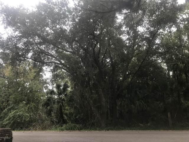 4025 Grantline Road, Mims, FL 32754 (MLS #890612) :: Blue Marlin Real Estate