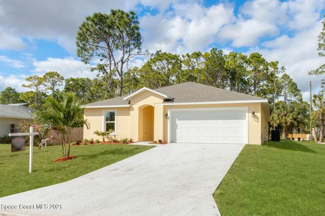 1785 Holbrook Road NW, Palm Bay, FL 32907 (MLS #897164) :: Premium Properties Real Estate Services