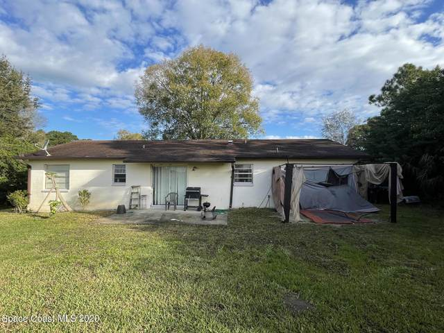 542 Hatcher Street SE, Palm Bay, FL 32909 (MLS #897787) :: Armel Real Estate