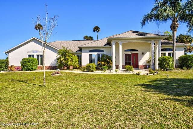 4981 Hamlin Circle, Mims, FL 32754 (MLS #898202) :: Premium Properties Real Estate Services
