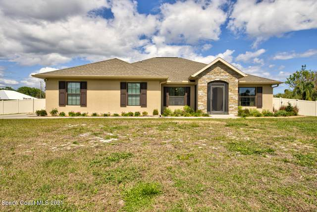 4968 Hamlin Circle, Mims, FL 32754 (MLS #899015) :: Premium Properties Real Estate Services