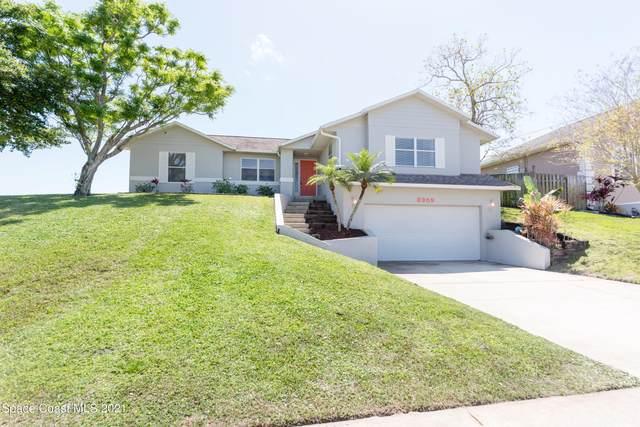 3959 Ridgewood Drive, Titusville, FL 32796 (MLS #899703) :: Blue Marlin Real Estate