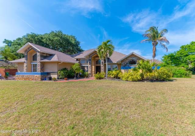 130 Island Grove Drive, Merritt Island, FL 32952 (MLS #900166) :: Premium Properties Real Estate Services