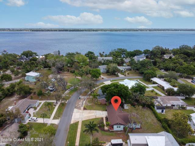 211 Broadview Drive, Cocoa, FL 32922 (MLS #901257) :: Engel & Voelkers Melbourne Central