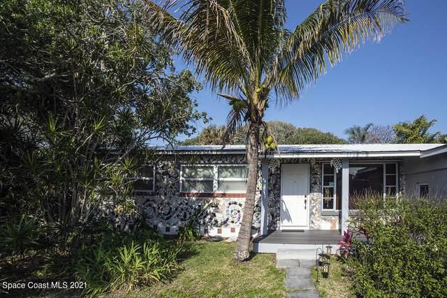 262 S Orlando Avenue, Cocoa Beach, FL 32931 (MLS #902250) :: Keller Williams Realty Brevard