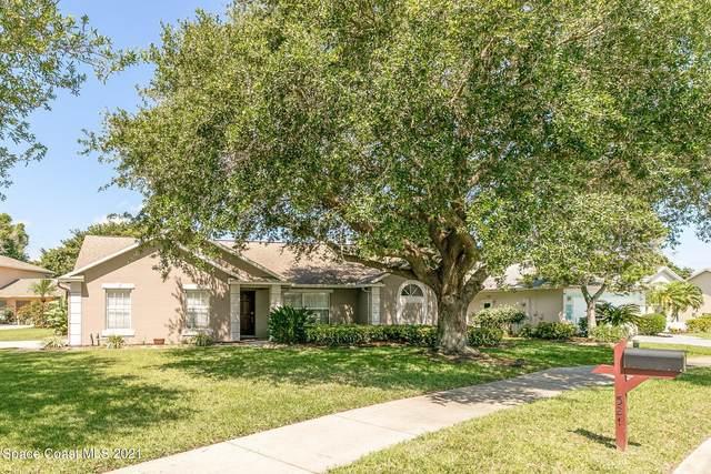 521 Carmel Drive, Melbourne, FL 32940 (MLS #902893) :: Blue Marlin Real Estate