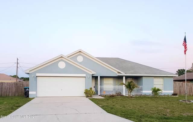 271 Greenway Avenue NE, Palm Bay, FL 32907 (MLS #903657) :: Premier Home Experts