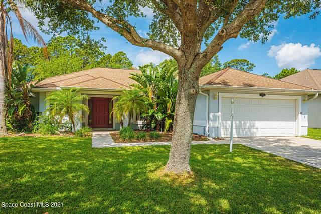 2775 Tuscarora Court, Melbourne, FL 32904 (MLS #904436) :: Blue Marlin Real Estate