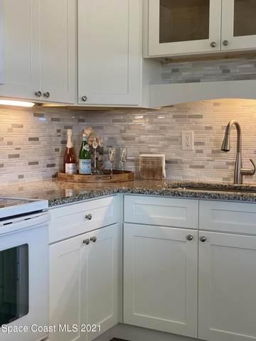 665 S Orlando Avenue, Cocoa Beach, FL 32931 (MLS #904442) :: Premium Properties Real Estate Services
