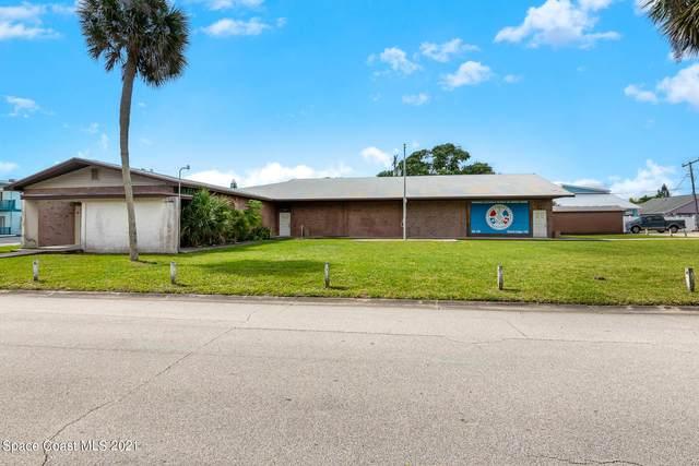 271 Taylor Avenue, Cape Canaveral, FL 32920 (MLS #905033) :: Premium Properties Real Estate Services