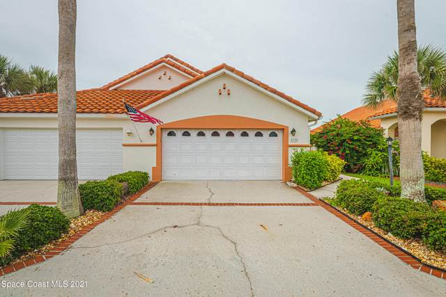5539 Cord Grass Lane, Melbourne Beach, FL 32951 (MLS #908746) :: Premium Properties Real Estate Services