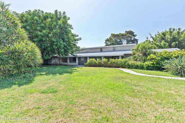 1201 S Shannon Avenue, Indialantic, FL 32903 (MLS #910914) :: Blue Marlin Real Estate