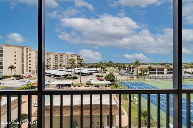 500 Palm Springs Boulevard #404, Indian Harbour Beach, FL 32937 (MLS #916292) :: Engel & Voelkers Melbourne Central