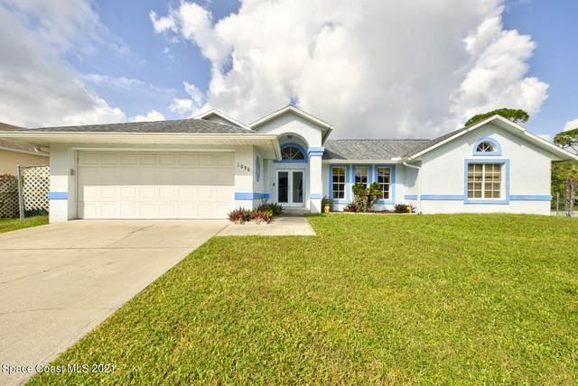 1096 Glencove Avenue NW, Palm Bay, FL 32907 (#917772) :: The Reynolds Team   Compass
