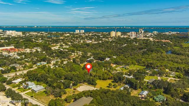 2285 Pennwood Drive, Melbourne, FL 32901 (MLS #918312) :: Premium Properties Real Estate Services