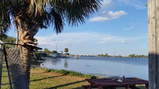 160 S Banana River Drive S, Merritt Island, FL 32952 (MLS #773835) :: Premium Properties Real Estate Services