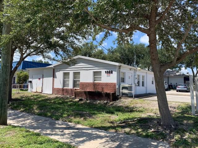 1322 Oak Street, Melbourne, FL 32901 (MLS #828082) :: Blue Marlin Real Estate