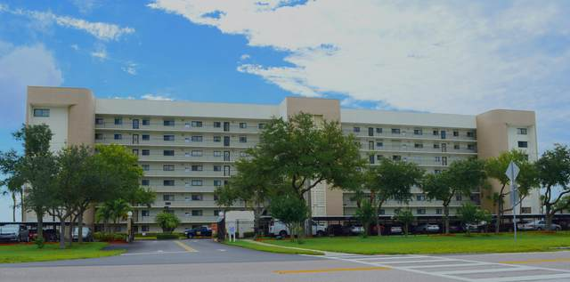 300 S Sykes Creek Parkway #602, Merritt Island, FL 32952 (MLS #877402) :: Blue Marlin Real Estate