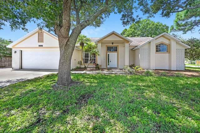 985 Pelican Lane, Rockledge, FL 32955 (MLS #882005) :: Blue Marlin Real Estate
