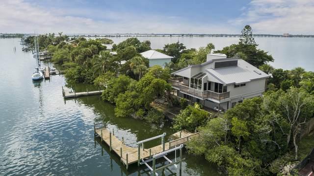 11540 Point Drive, Merritt Island, FL 32952 (MLS #885338) :: Premium Properties Real Estate Services