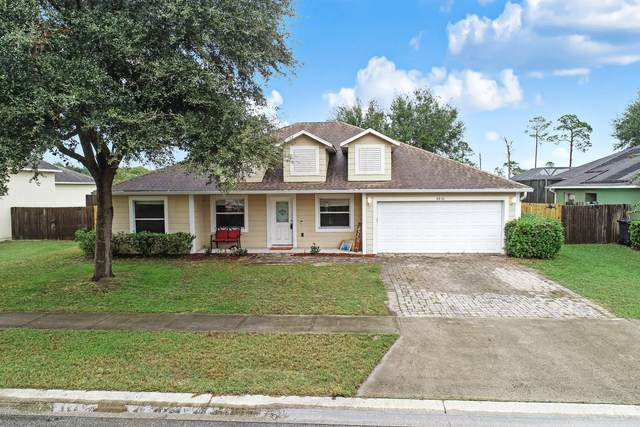 4036 Foothill Drive, Titusville, FL 32796 (MLS #888056) :: Coldwell Banker Realty