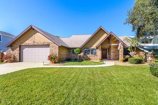 25 Greenwood Lane, Cocoa Beach, FL 32931 (MLS #888150) :: Coldwell Banker Realty