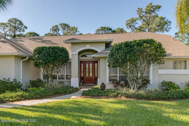3886 Peacock Drive, Melbourne, FL 32904 (MLS #901137) :: Premium Properties Real Estate Services