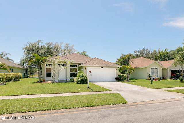 829 Tavernier Circle NE, Palm Bay, FL 32905 (MLS #901925) :: Premium Properties Real Estate Services