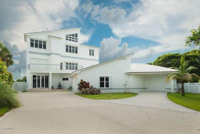 8735 S Highway A1a, Melbourne Beach, FL 32951 (MLS #902009) :: Armel Real Estate