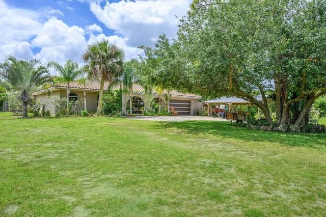 2750 Otter Creek Lane, Melbourne, FL 32940 (MLS #902068) :: Premium Properties Real Estate Services