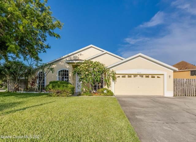 2515 Island Crossing Way, Merritt Island, FL 32952 (MLS #902580) :: Blue Marlin Real Estate