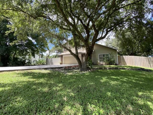 380 Oak Lake Place, Merritt Island, FL 32953 (MLS #880069) :: Blue Marlin Real Estate