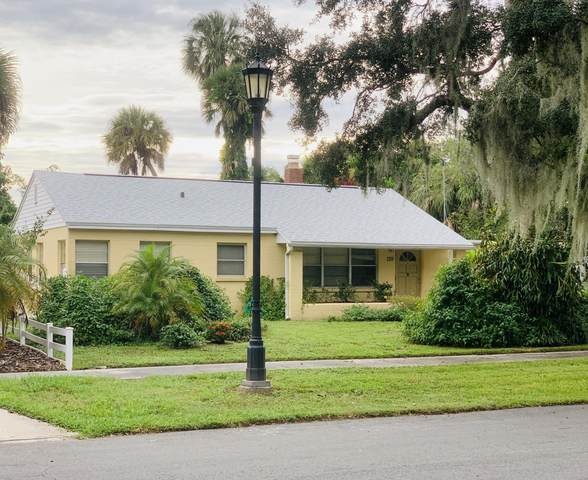 139 Circle Drive, Cocoa, FL 32922 (MLS #886060) :: Blue Marlin Real Estate