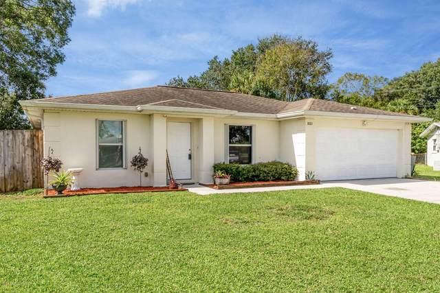 3883 Catalina Drive, Cocoa, FL 32926 (MLS #886842) :: Blue Marlin Real Estate