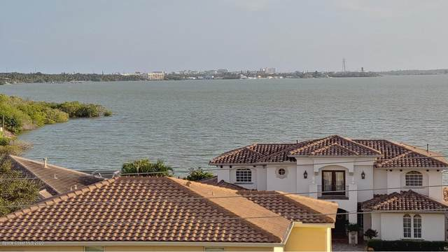 551 Casa Bella Drive #505, Cape Canaveral, FL 32920 (MLS #888757) :: Coldwell Banker Realty