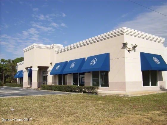 2705 N Harbor City Boulevard N, Melbourne, FL 32935 (MLS #796649) :: Premium Properties Real Estate Services