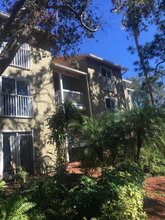 225 S Tropical Trail #607, Merritt Island, FL 32952 (MLS #799972) :: Pamela Myers Realty