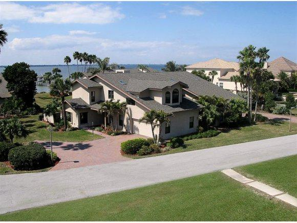 208 The Road To Waterford Bay #2, Melbourne Beach, FL 32951 (MLS #803051) :: The Keith Brodsky Team with RE/MAX Classic