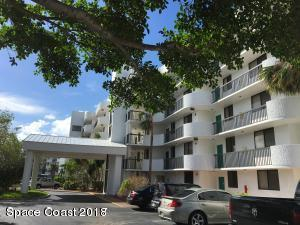 300 Columbia Drive 405-1, Cape Canaveral, FL 32920 (MLS #803879) :: Pamela Myers Realty