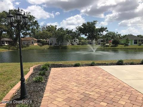 1757 Platinum Drive, Titusville, FL 32796 (MLS #810059) :: Better Homes and Gardens Real Estate Star