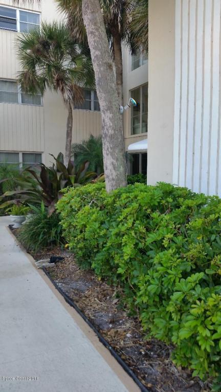 221 Columbia Drive #124, Cape Canaveral, FL 32920 (MLS #810401) :: Premium Properties Real Estate Services