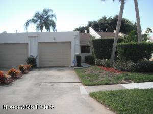 421 Hawthorne Court, Indian Harbour Beach, FL 32937 (MLS #811085) :: Better Homes and Gardens Real Estate Star