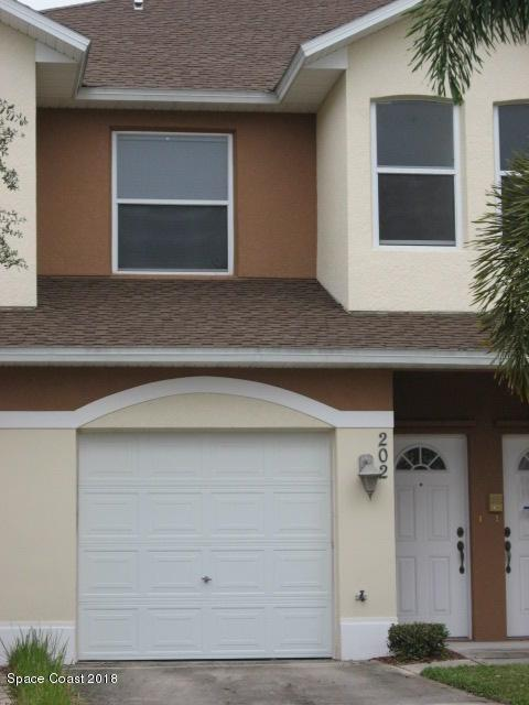 1030 Venetian Drive #202, Melbourne, FL 32904 (MLS #814363) :: Premium Properties Real Estate Services