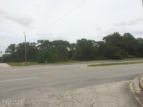 2144 Palm Bay Road NE, Palm Bay, FL 32905 (MLS #818345) :: Better Homes and Gardens Real Estate Star